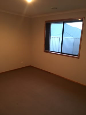 $130, Share-house, 2 bathrooms, Thorneycroft Avenue, Wodonga VIC 3690