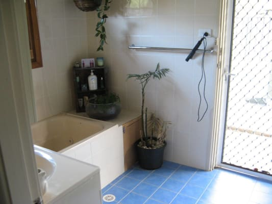 $380, Share-house, 2 bathrooms, Turner Esplanade, East Corrimal NSW 2518