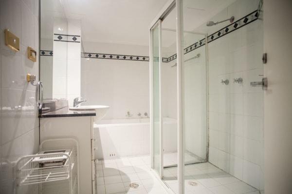 $275, Flatshare, 3 bathrooms, Castlereagh Street, Haymarket NSW 2000