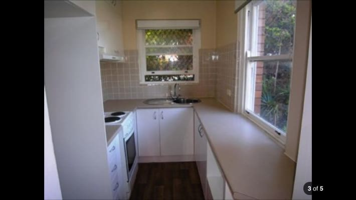 $215, Flatshare, 2 bathrooms, Seaview Street, Cronulla NSW 2230