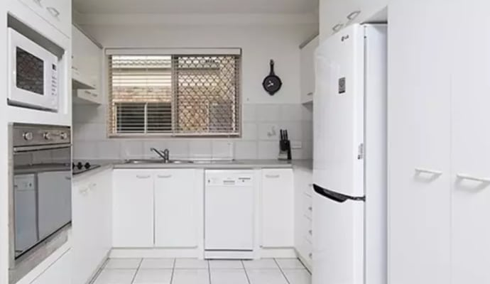 $180, Flatshare, 2 bathrooms, Eton Street, Nundah QLD 4012