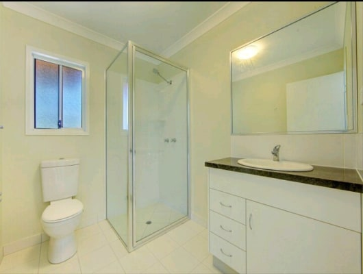 $170, Studio, 1 bathroom, Kings Road, Mysterton QLD 4812
