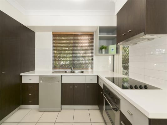 $190, Share-house, 3 bathrooms, Tamworth Street, Annerley QLD 4103