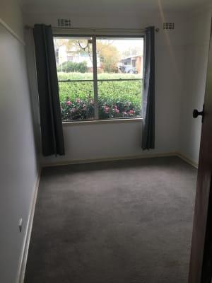 $130, Share-house, 3 bathrooms, Burton Street, Warragul VIC 3820