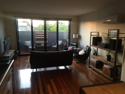 $325, Share-house, 2 bathrooms, Saint Georges Road, Northcote VIC 3070