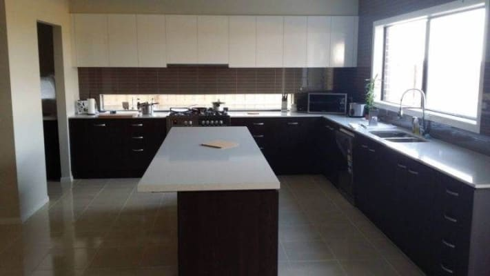 $165, Share-house, 5 bathrooms, Kingsford Drive, Point Cook VIC 3030