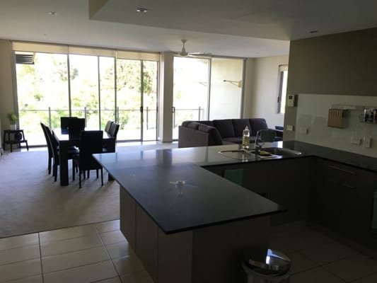 $280, Flatshare, 3 bathrooms, Musgrave Road, Red Hill QLD 4059