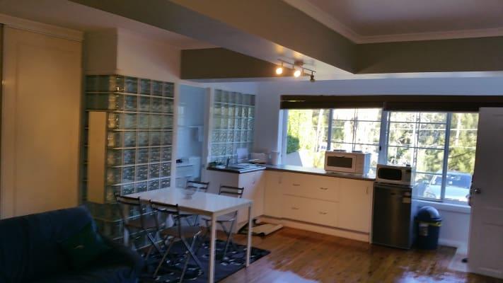 $340, Studio, 1 bathroom, Wakehurst Parkway, North Narrabeen NSW 2101