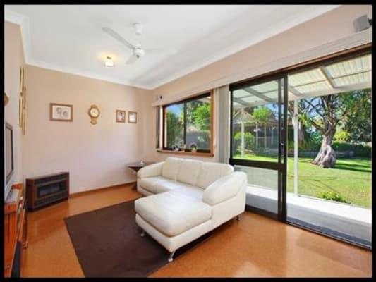 $250, Whole-property, 2 bathrooms, Kirrawee Avenue, Kirrawee NSW 2232
