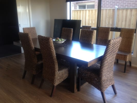 $240, Share-house, 5 bathrooms, Elwood Avenue, Pakenham VIC 3810