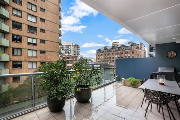 $375, Flatshare, 2 bathrooms, Commonwealth Street, Surry Hills NSW 2010