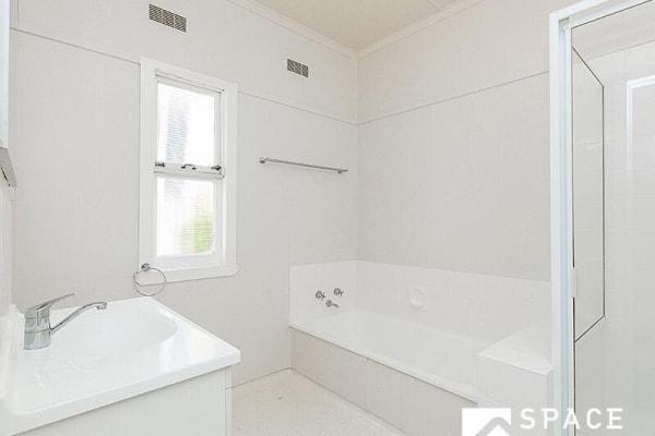 $115, Share-house, 4 bathrooms, High Street, Ashgrove QLD 4060