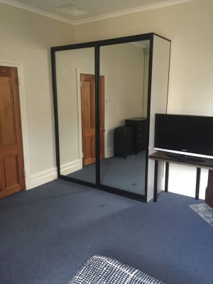 $330, Share-house, 4 bathrooms, Palmer Street, Darlinghurst NSW 2010