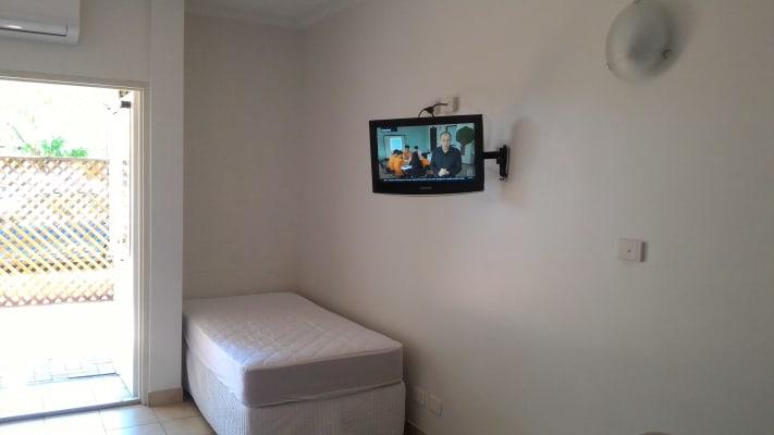 $325, Studio, 1 bathroom, Smith Street, Darwin City NT 0800