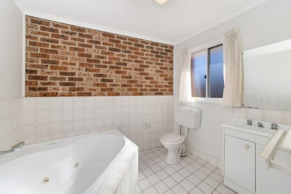 $260, Share-house, 4 bathrooms, Totterdell Street, Belconnen ACT 2617