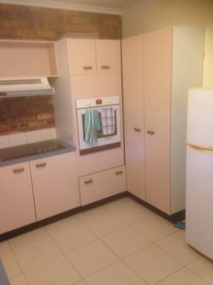 $250, Granny-flat, 2 bathrooms, McTaggart Road, New Beith QLD 4124
