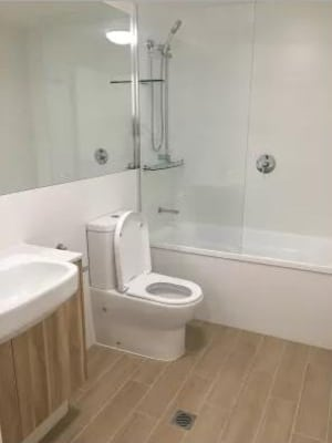 $295, Flatshare, 2 bathrooms, Hercules Street, Hamilton QLD 4007