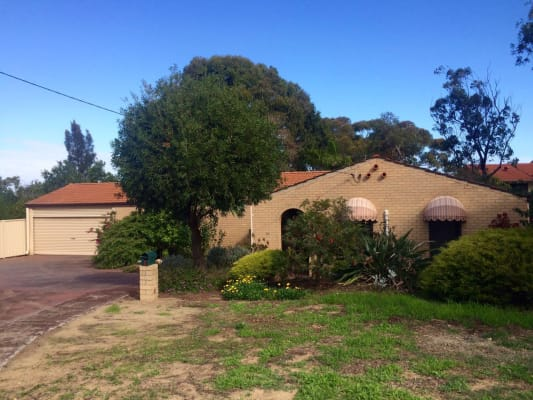 $160, Share-house, 4 bathrooms, Combwich Court, Karrinyup WA 6018