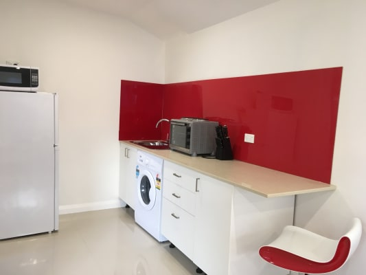 $350, Studio, 1 bathroom, Gore Street, Parramatta NSW 2150
