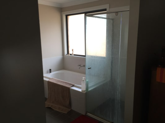 $250, Share-house, 5 bathrooms, Napier Street , Rooty Hill NSW 2766