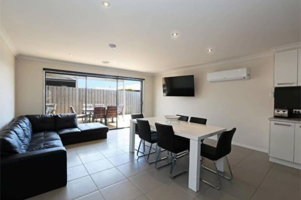 $165, Share-house, 2 bathrooms, Cortona Place, Waurn Ponds VIC 3216
