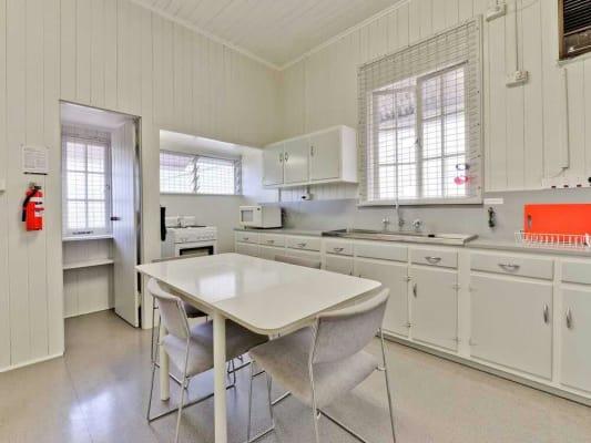 $175, Student-accommodation, 1 bathroom, Morrow Street, Taringa QLD 4068