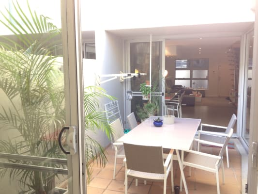 $300, Flatshare, 3 bathrooms, Empire Lane, Newtown NSW 2042