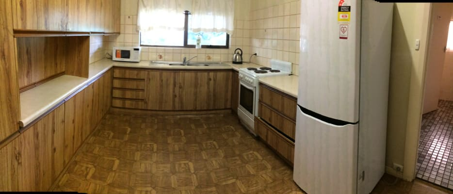 $135, Share-house, 3 bathrooms, Warren Court, Oaklands Park SA 5046