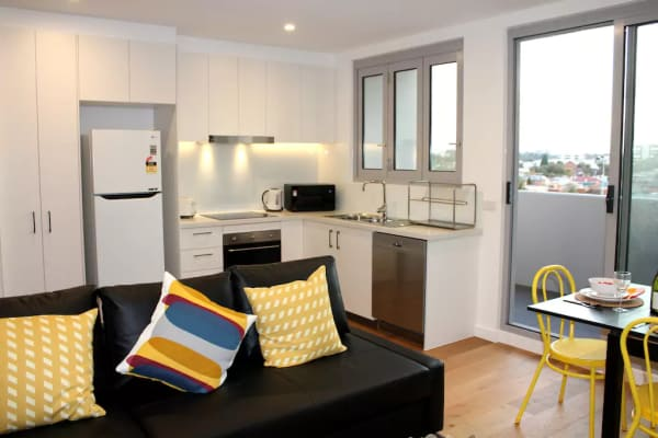 $650, Whole-property, 2 bathrooms, Nicholson Street, Brunswick East VIC 3057