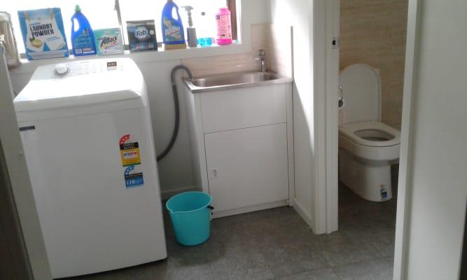 Room for rent in inkerman street maidstone melbourne u