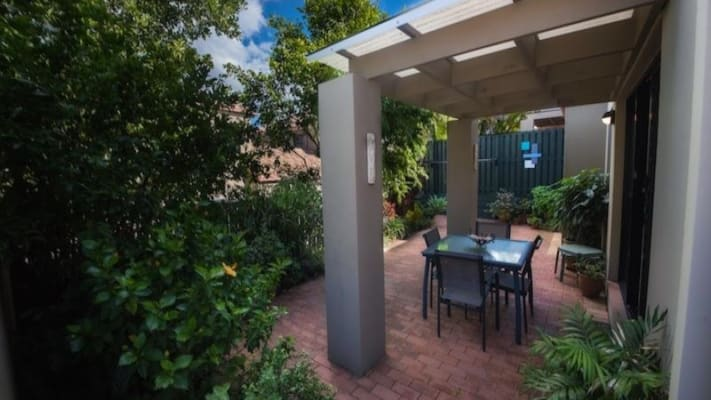 $170, Flatshare, 3 bathrooms, Ashmore Road, Benowa QLD 4217