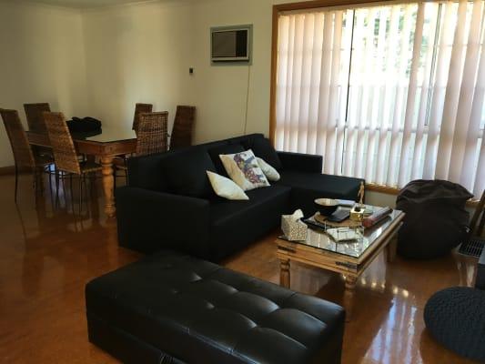 $215, Share-house, 2 bathrooms, Parer Street, Oakleigh VIC 3166