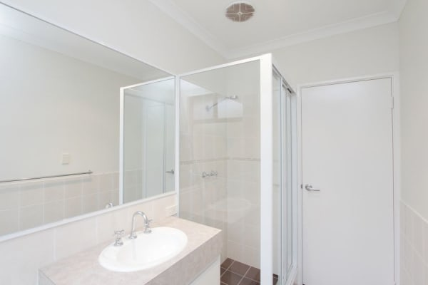 $180, Share-house, 3 bathrooms, Memorial Avenue, Carlisle WA 6101