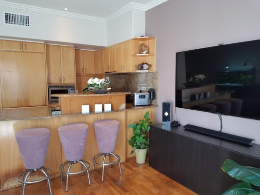 $190, Flatshare, 3 bathrooms, Salerno Street, Surfers Paradise QLD 4217