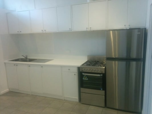 $895, Whole-property, 3 bathrooms, Alfred Street, Balaclava VIC 3183