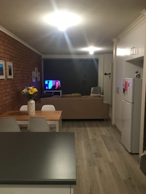 $200, Flatshare, 2 bathrooms, Hobbs Street, Seddon VIC 3011