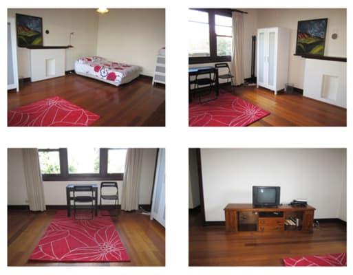 $350, Flatshare, 3 bathrooms, Robe Street, Saint Kilda VIC 3182