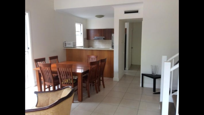 $235, Flatshare, 2 bathrooms, Rathdowne Street, Carlton VIC 3053