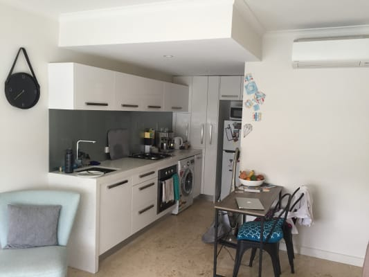 $175, Flatshare, 2 bathrooms, Albion Street, Brunswick VIC 3056