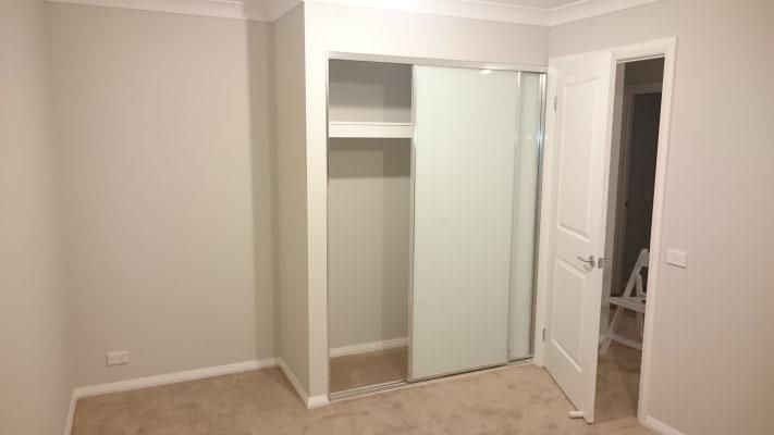 $250, Share-house, 2 rooms, Rosebank Avenue, Elizabeth Hills NSW 2171, Rosebank Avenue, Elizabeth Hills NSW 2171