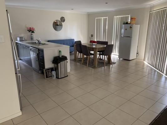 $160, Share-house, 4 bathrooms, Collingrove Circuit, Pimpama QLD 4209