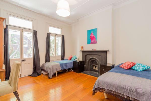 $220-370, Share-house, 3 rooms, Hardie Street, Darlinghurst NSW 2010, Hardie Street, Darlinghurst NSW 2010