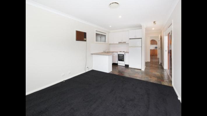 $250, Studio, 1 bathroom, O'Brien Parade, Liverpool NSW 2170