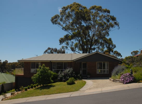 $150, Share-house, 4 bathrooms, Proud Terrace, Flora Hill VIC 3550