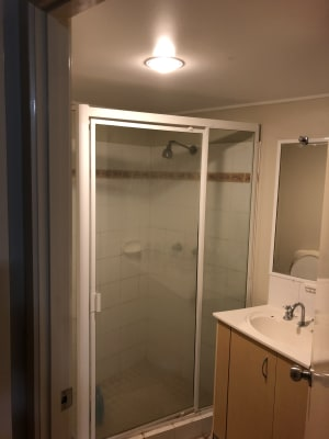 $350, 1-bed, 1 bathroom, Lissner Street, Toowong QLD 4066