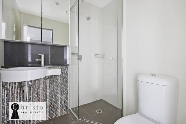 $350, Flatshare, 2 bathrooms, Adelaide Street, Brisbane City QLD 4000