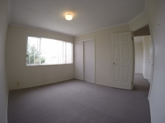 $165, Share-house, 3 bathrooms, Abel Smith Crescent, Mount Ommaney QLD 4074
