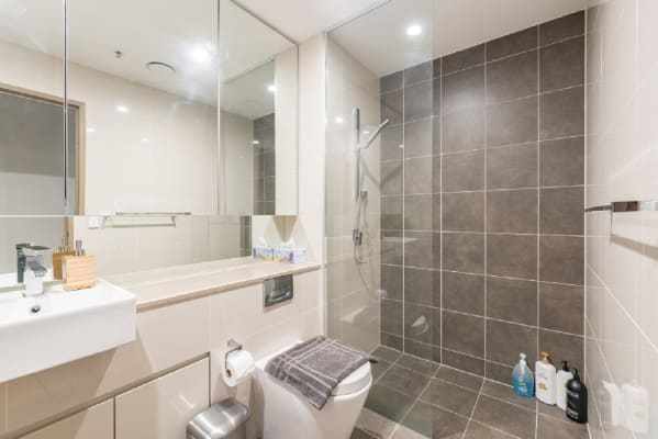 $1,100, Whole-property, 2 bathrooms, Castlereagh Street, Sydney NSW 2000