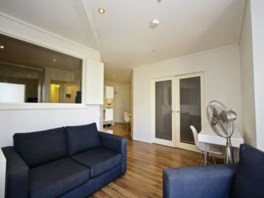 $350, Flatshare, 2 bathrooms, Exhibition Street, Melbourne VIC 3000
