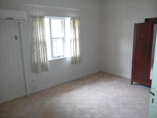 $120, Share-house, 4 bathrooms, Vacy Street, Toowoomba QLD 4350